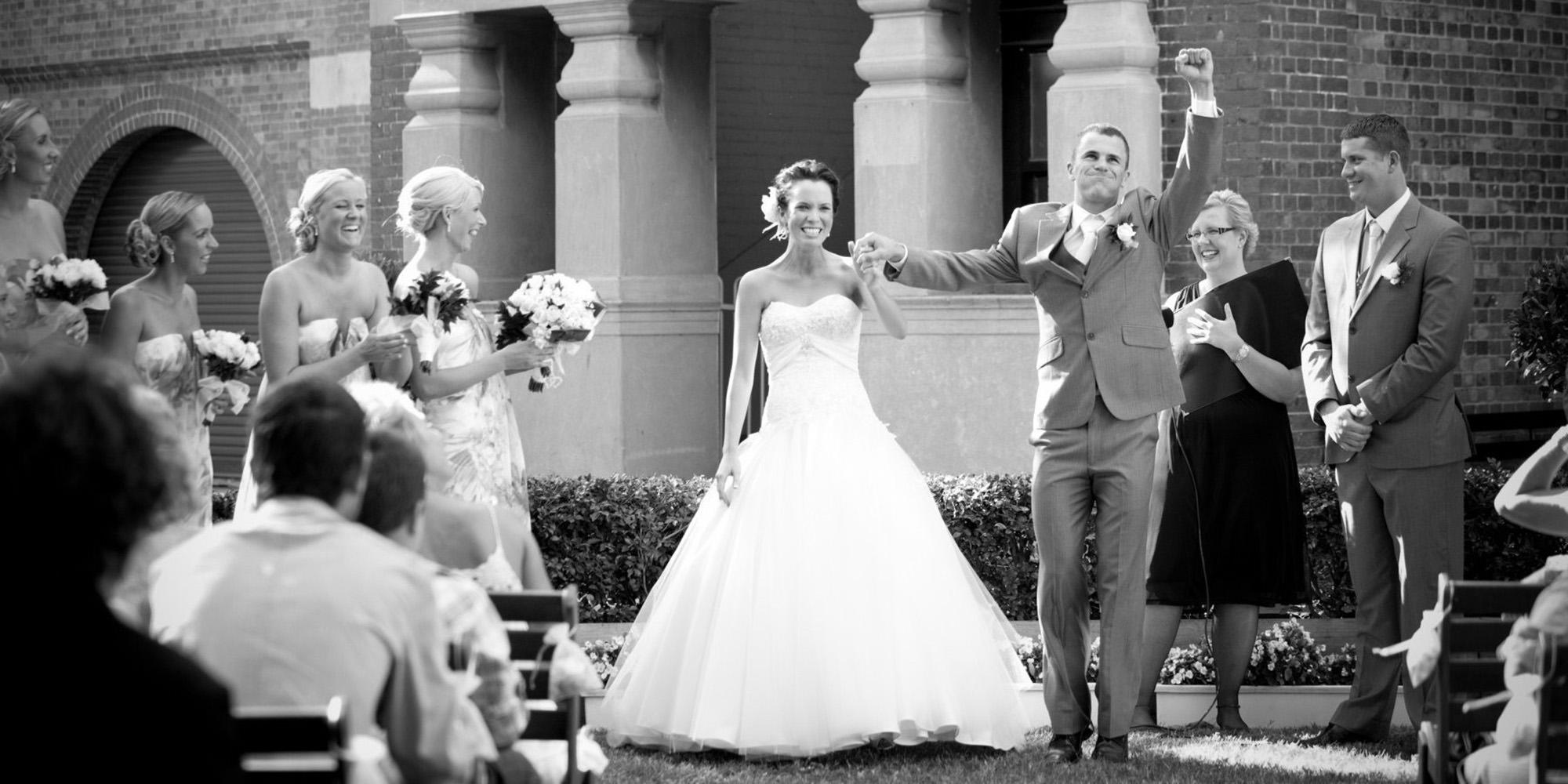 Margo-Hickman-Celebrant-married-couple